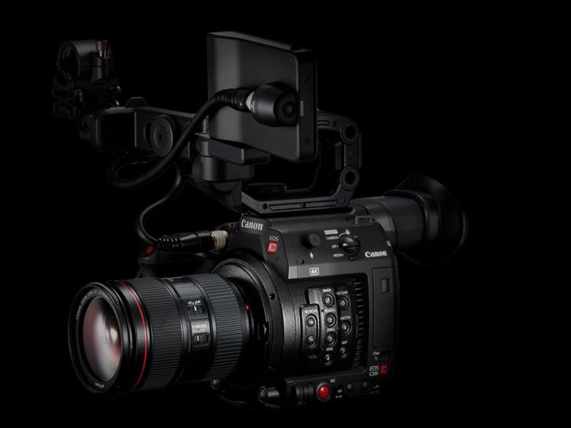 Canon EOS C200 Underwater