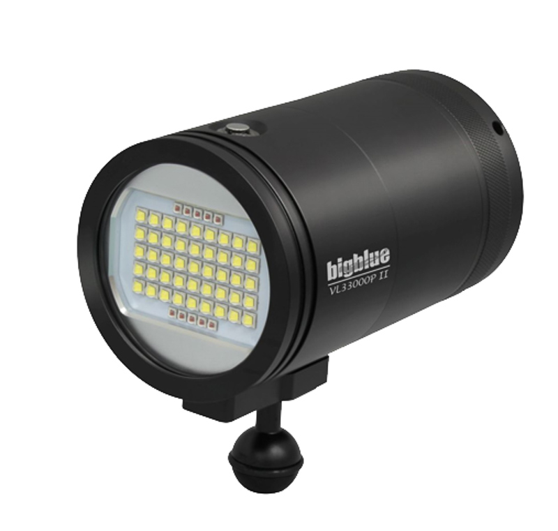 Big Blue 33,000 Lumens Video Light VL33000P-II underwater