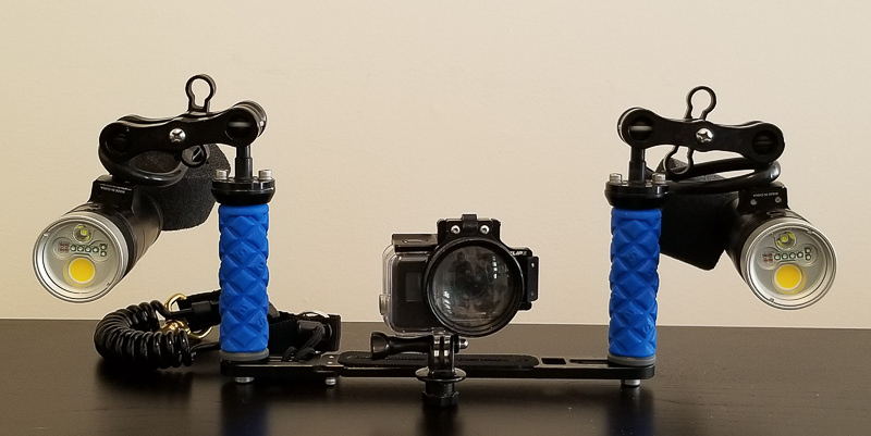 GoPro macro setup: GoPro 7 in Super Suit, Flip diopter, tray with ball mounts, long clamps, Kraken 3500S+ video lights, and two floats