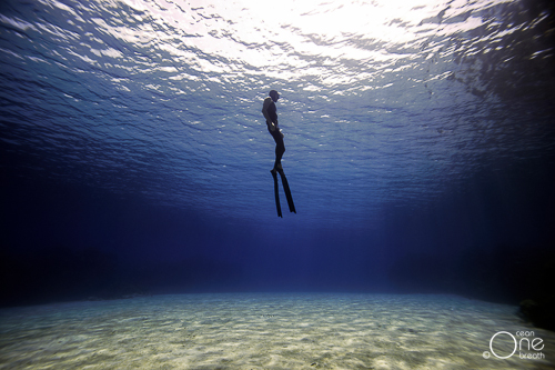 Tips For Dive Model Photography
