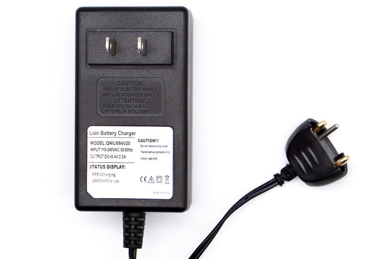 Sola 2-Amp Plug