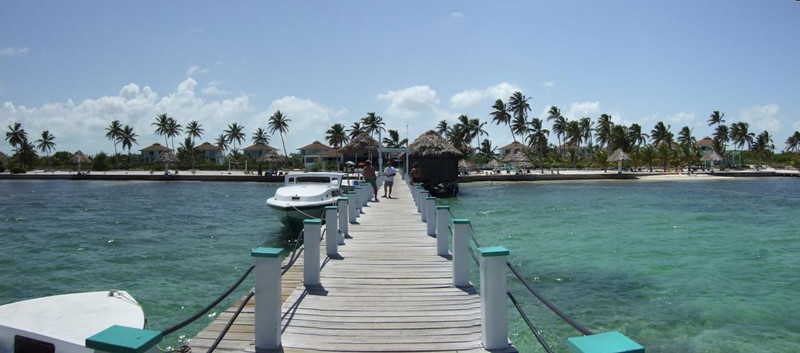 Board your boat from an elegant pier at your dive resort