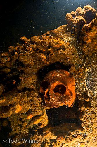chuuk lagoon underwater wreck