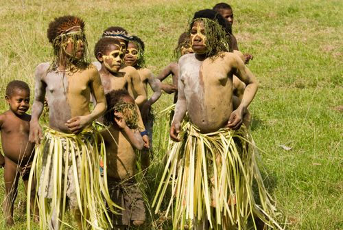dancing children in papua new guinea
