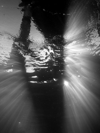 underwater photography with light rays