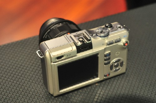 olympus micro four thirds E-PL1 camera
