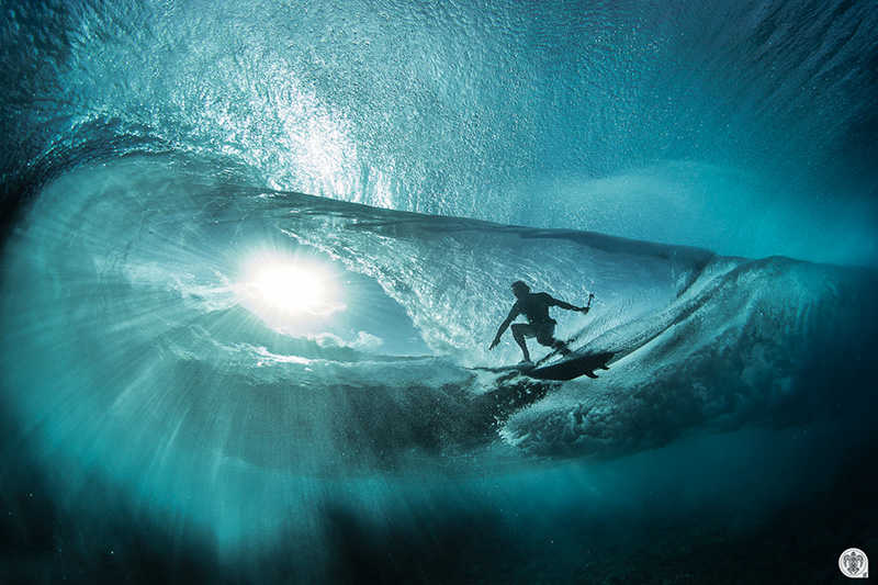 Story Behind The Wave Underwater Photography Guide